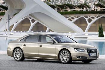 новая версия удлиненного  седана Audi A8 L